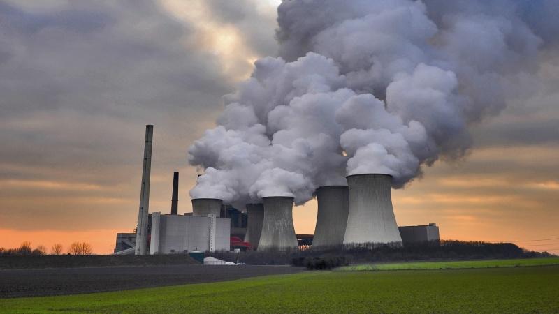 Emisiile instalatiilor stationare in scadere in anul 2016