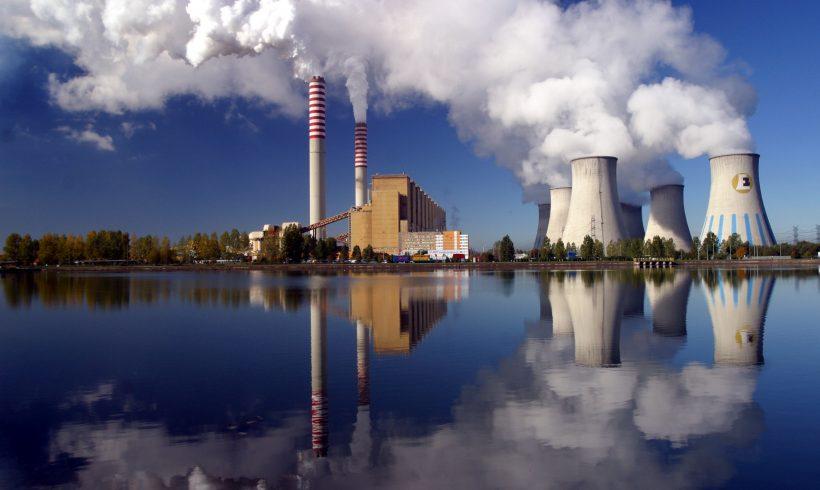 Eurostat: emisiile de CO2 din arderea combustibililor fosili au scazut cu 0,4%